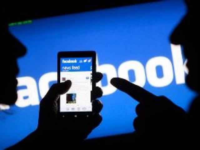 Facebook начнет защищать авторские права на изображения